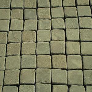 Брусчатка из серо-зеленого песчаника